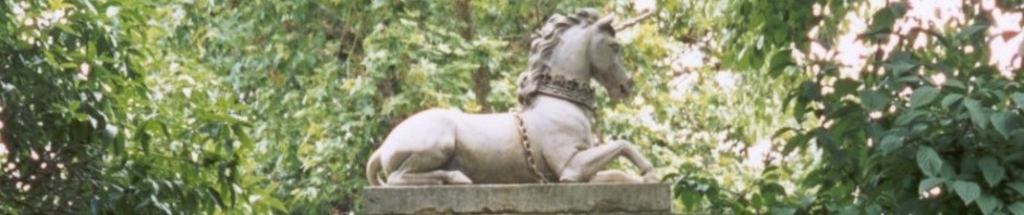 the unicorn recumbent sculpture at Kew