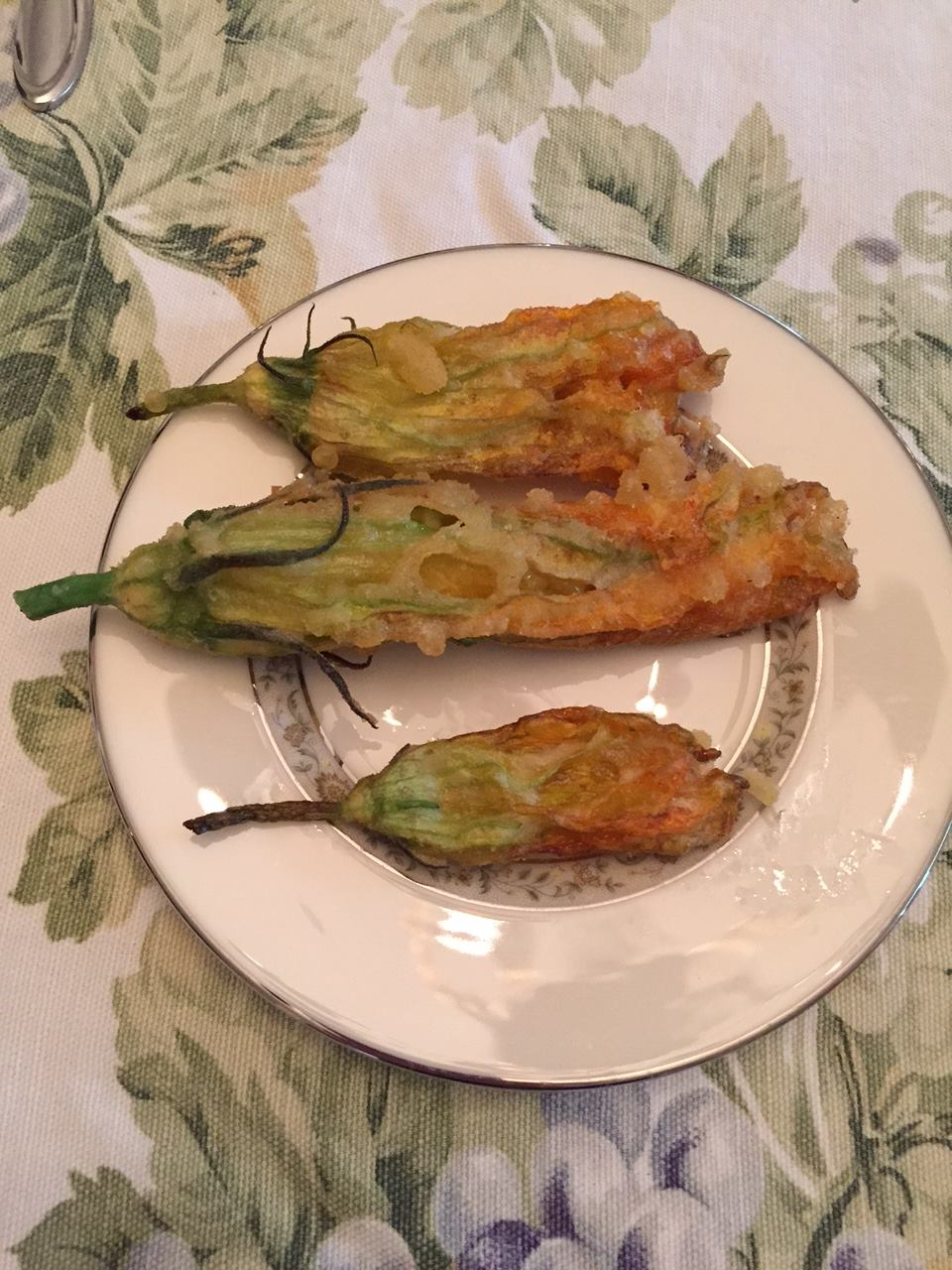 zucchiniblossomspumpkinflowers.jpg